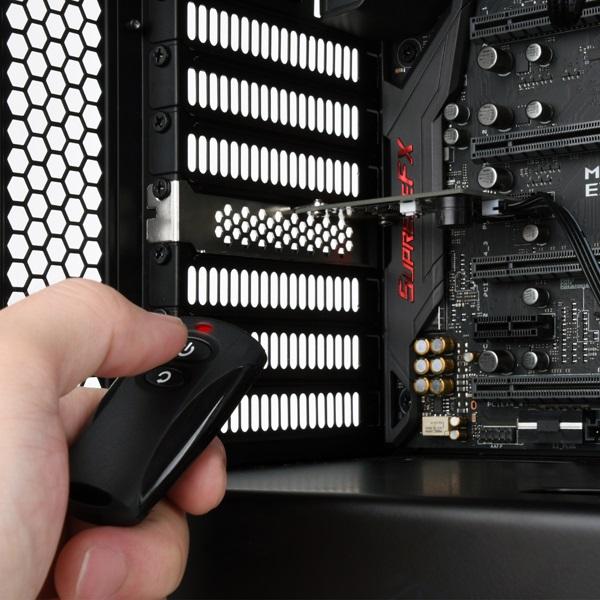 【取寄せ商品:通常納期約2〜3営業日】 SilverStone ES02-PCIE リモート電源スイッチ (SST-ES02-PCIe)