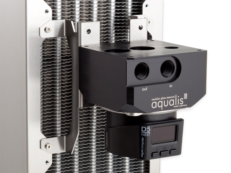 aquacomputer D5 fan mount 140 mm