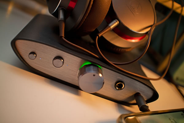 iFI-Audio 「ZEN DAC」USB DAC プリアンプ&ヘッドフォンアンプ