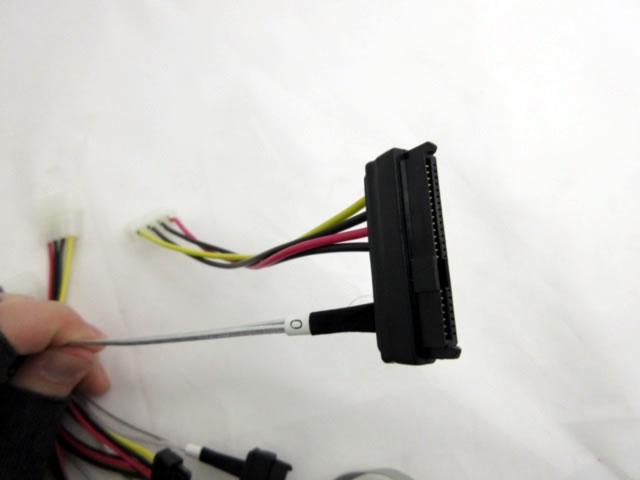 Adaptec SAS HD SFF-8643 toSFF-8482 SAS SB 2280100-R
