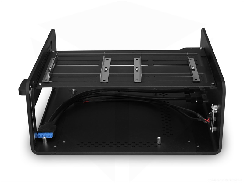 STREACOM F7C Alpha Chassis -No Optical Slot- シルバー (ST-F7CS-ALPHA)