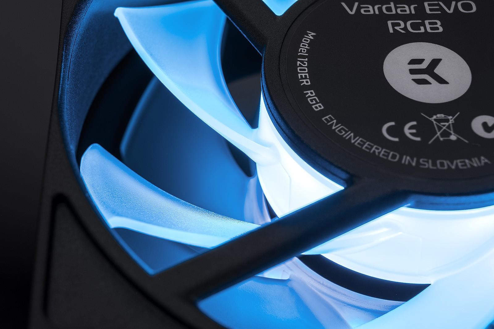 EK WaterBlocks EK-Vardar EVO 120ER RGB (500-2200 rpm)