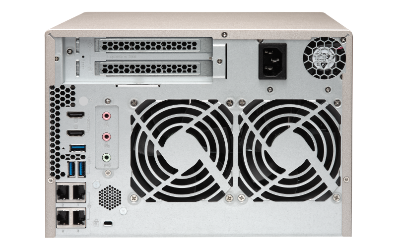 QNAP TVS-673e-8G 2.5/3.5インチ 6台搭載可能