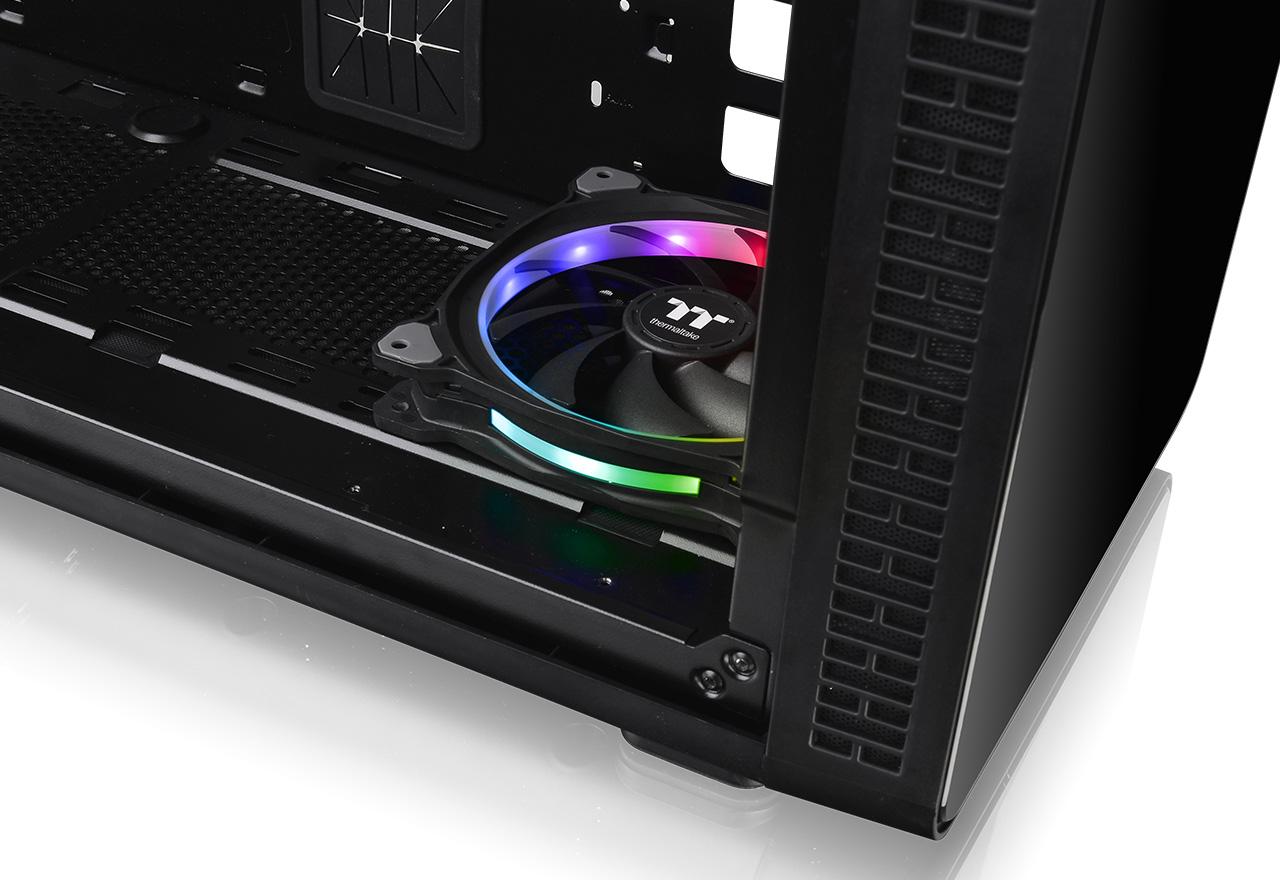 Thermaltake VIEW 37 RGB Plus (CA-1J7-00M1WN-01)