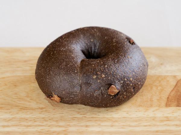 ブラックココアアーモンドベーグル 6個セット<冷凍>