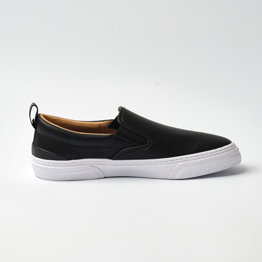 CALMER LX (SLIP-ON)(BLACK/BLACK/WHITE)