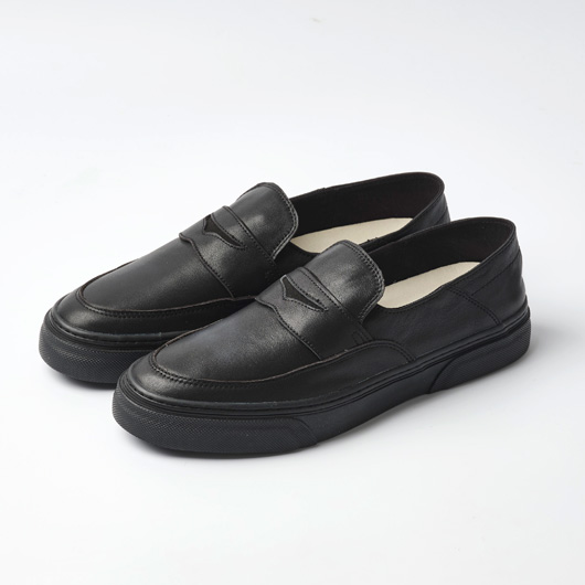 LOWDY (BLACK/BLACK)