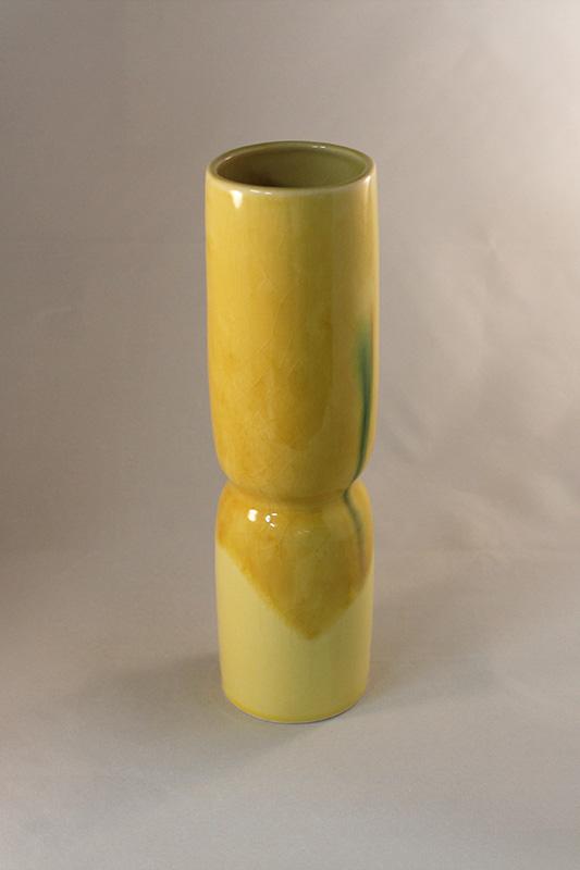 黄地三彩 砧型花瓶