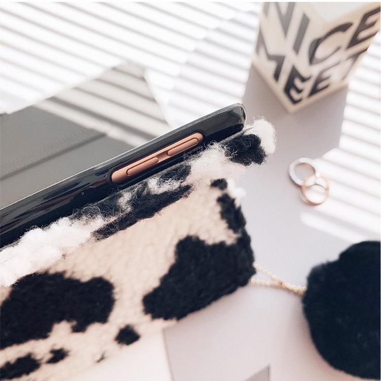送料無料 2020年発売 iPad Air4 ケース 10.9インチ iPad Air(第4世代)ケース アイパッド エア4 カバー タブレットPC 手帳型 もこもこ オートスリープ機能付き ソフトカバー ファーチャーム 乳牛柄 おしゃれ かわいいい