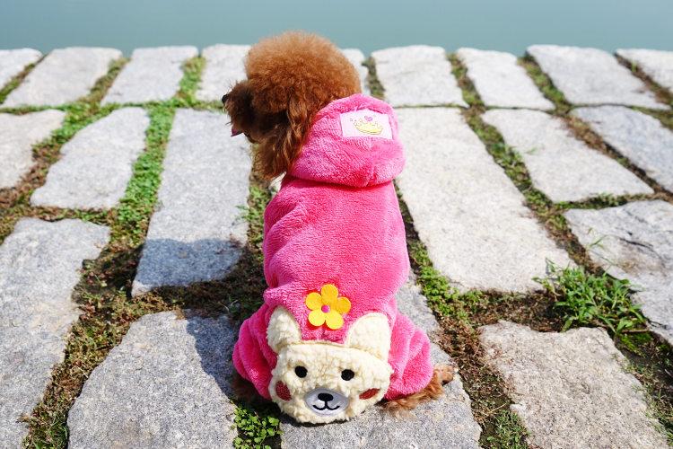 送料無料!犬の服 ワンちゃん服 つなぎ 前開き ふわふわ ペット用品 petbaby 犬洋服 お嬢様オシャレ 可愛い スナップボタン クマ