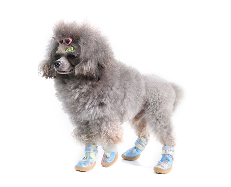 送料無料 犬の靴 ペット用品 厚底 運動シューズ 1足4個入り 肉球保護 滑り止め ドッグシューズ マジックテープ ペット用