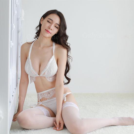 セクシーランジェリー ガーターベルト ブラ・ショーツ 美おしゃれセット 2カラー