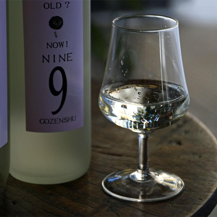 【日本酒】御前酒 GOZENSHU 9 (NINEナイン) ホワイトボトル 新酒<1,800ml>