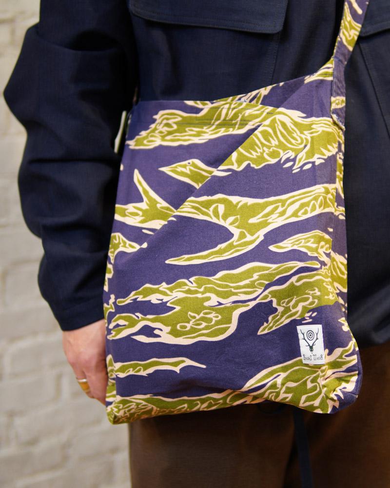 サウス2ウエスト8 ブックバッグ South2 West8 Book Bag