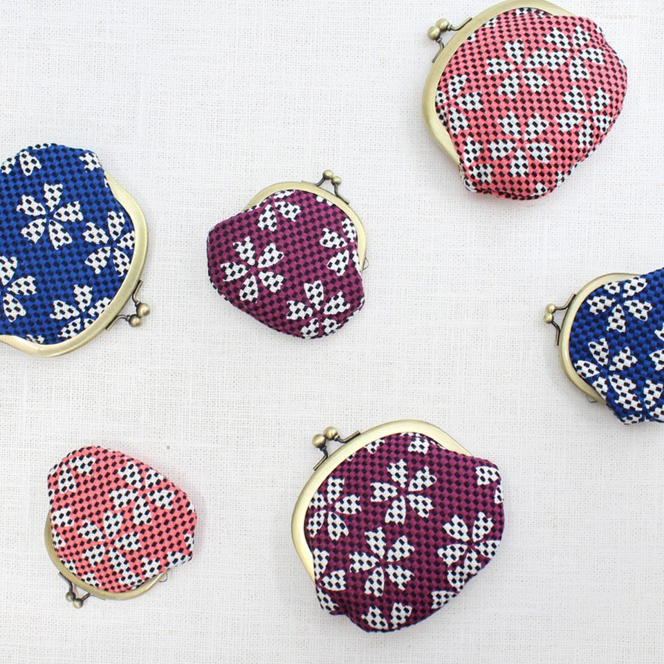 【新作】刺子織がま口小銭入れ(小) さくら/藍色