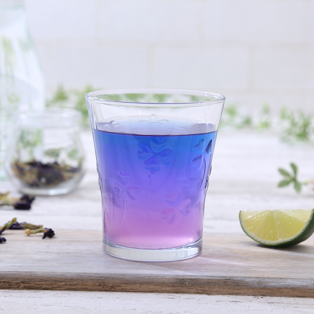バタフライピー 無農薬 茶葉 100g 送料無料 ハーブティー ノンカフェイン 無着色 無香料 青いお茶 青い花 アンチャンティー 蝶豆花茶 タイのブルーハーブティー アントシアニンが豊富 ダイエットに エイジングケアに 美容・健康に 天然色素としても