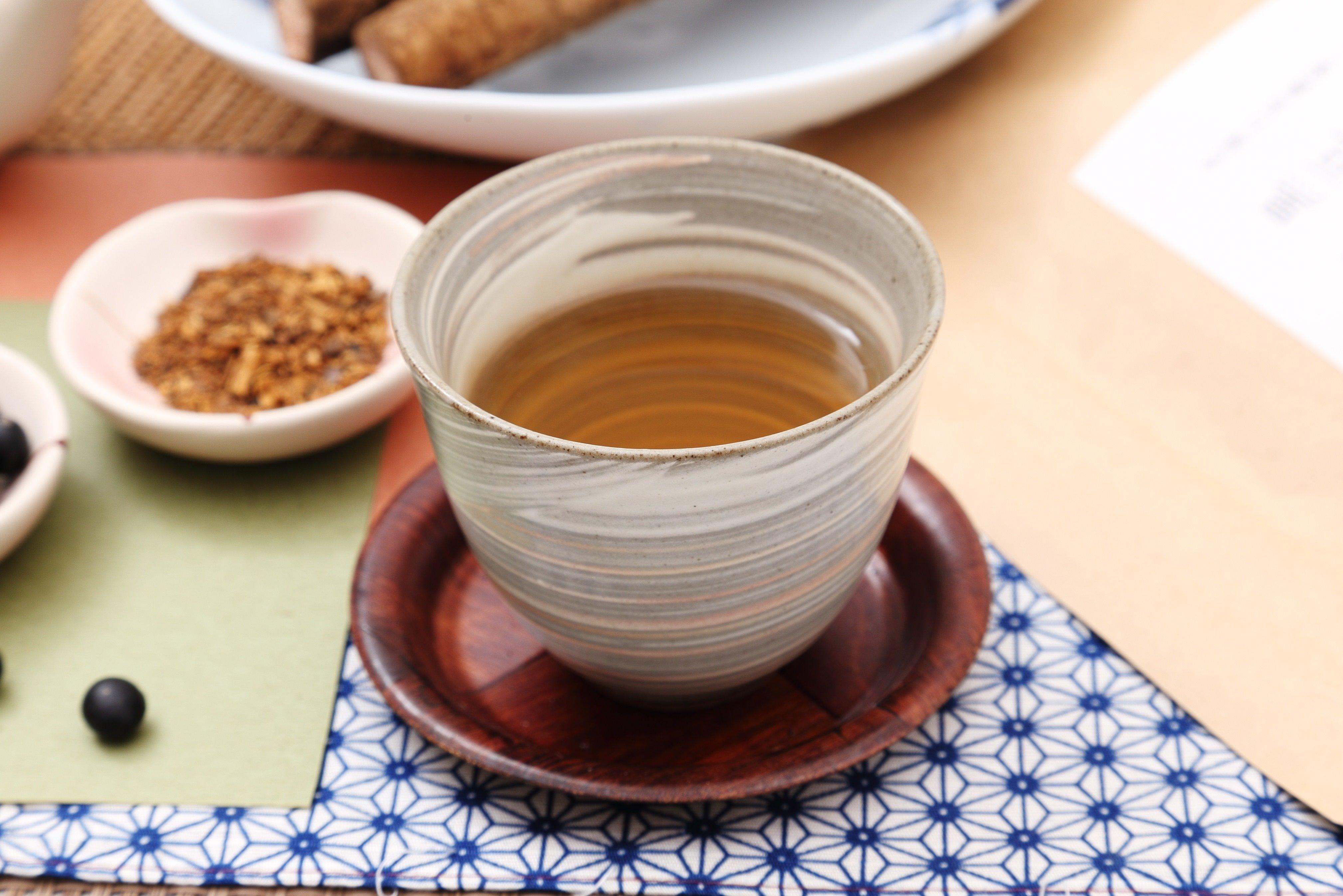 黒豆ごぼう茶 国産 2.5g x100包 ( 50包 x2袋 )九州産ごぼう 北海道産黒豆 深蒸し 遠赤焙煎 有機JAS工場製造 送料無料