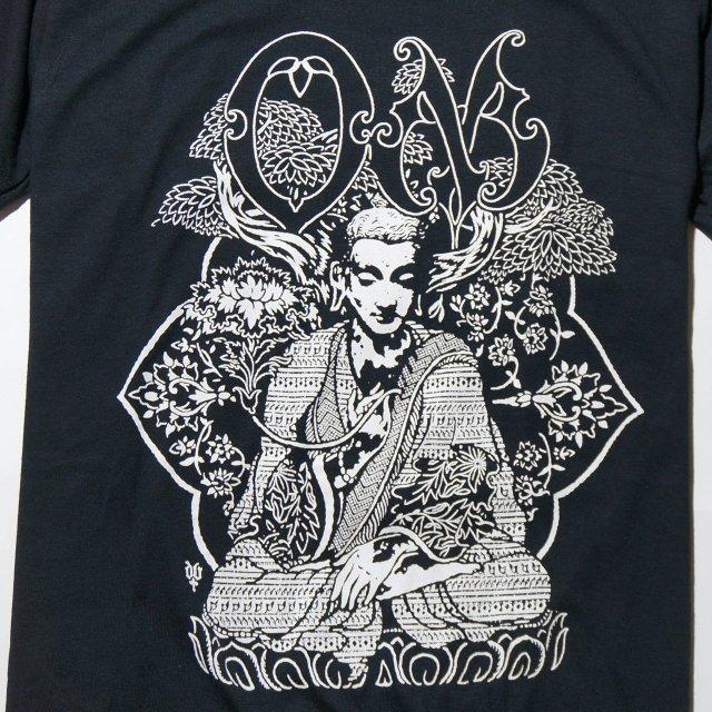 OM (オム) Tシャツ / Bodhisattva- Black