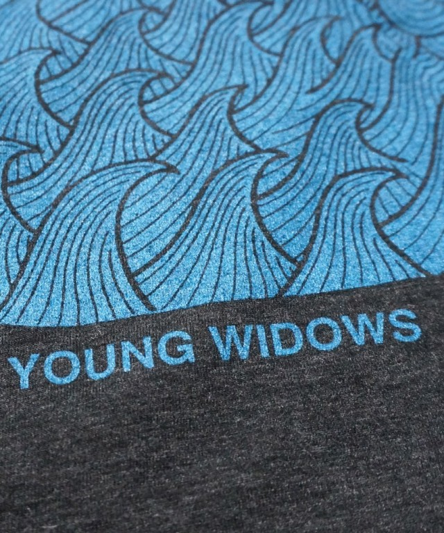 YOUNG WIDOWS Tシャツ Easy Pain Skull