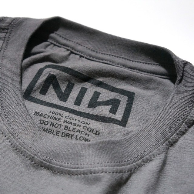 NINE INCH NAILS Tシャツ Classic Black Logo - グレー