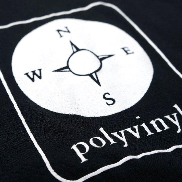 POLYVINYL Tシャツ Campass(White Ink) - Black