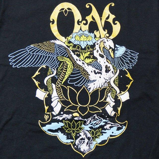 OM (オム) ロングスリーヴTシャツ / Swan - Black