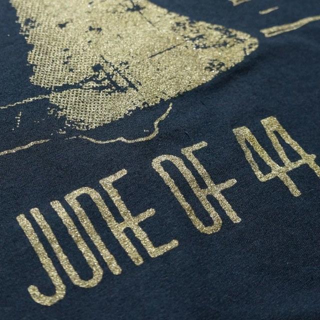 JUNE OF 44 Tシャツ Bell-Black