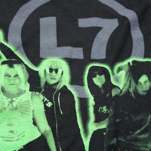 L7 (エル・セブン) Tシャツ Glow Cut Out-Black