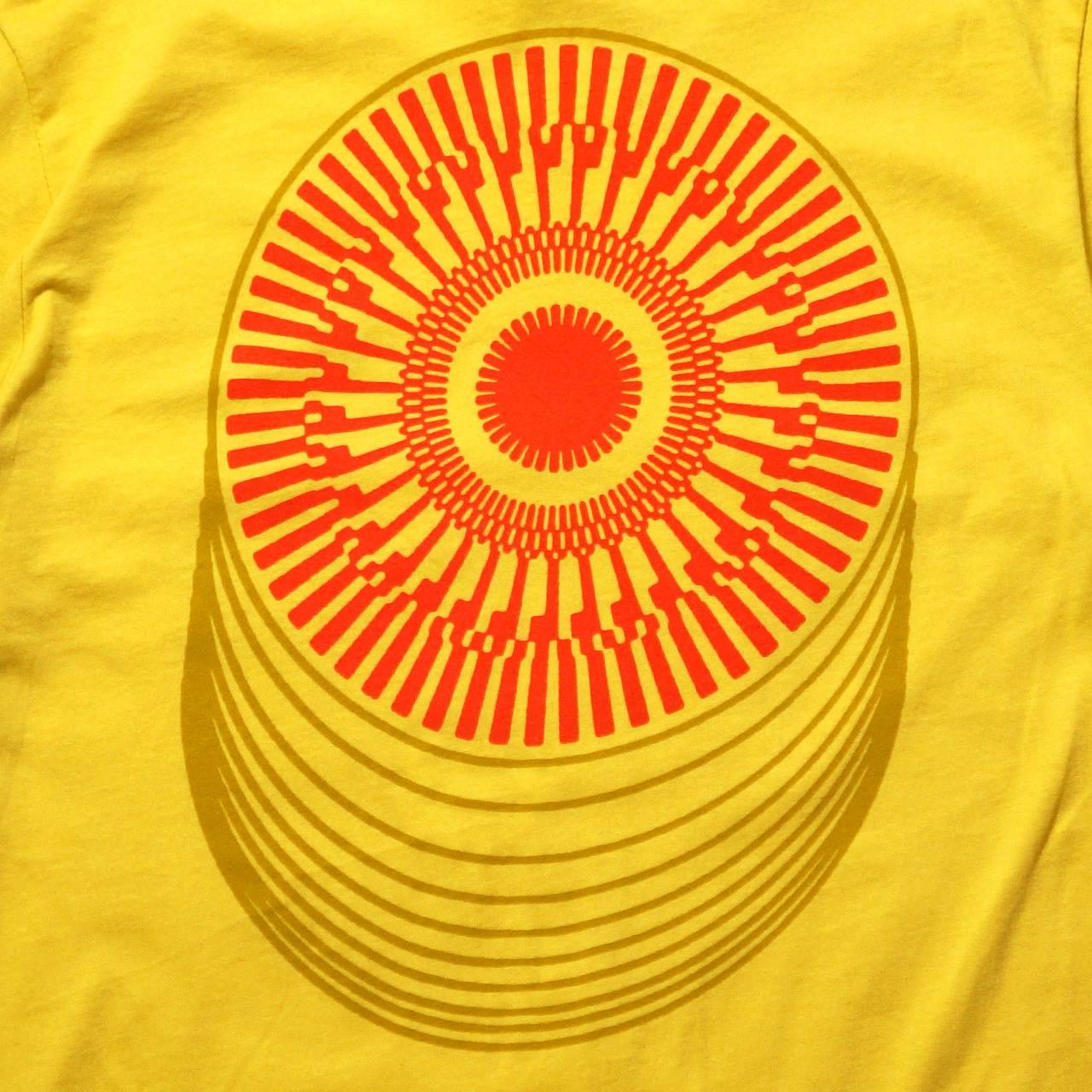 TAME IMPALA Tシャツ Roundabout-Yellow