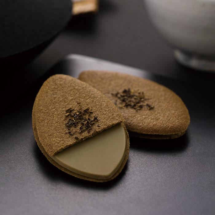 京茶の葉あわせ(焙じ茶) 焙じ茶と豆乳のラングドシャ10枚入り【ぎをんさかい】