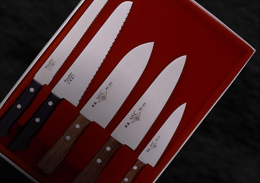 正広 5本ギフトセット 家庭用に最適 三徳型、剣型、ペテー、パン切、冷凍切