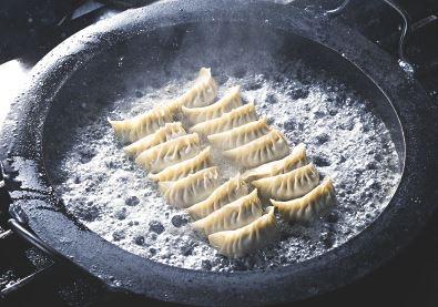 鉄餃子鍋 36cm