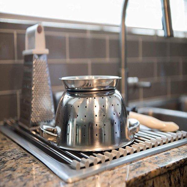 水切りラック 折りたたみ 食器水切り 304ステンレス製 抗菌 キッチン シンク 調理台 食器収納 18本レバー (47×35cm)…