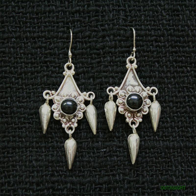 ブラックオニキス シルバーピアス SSE-07