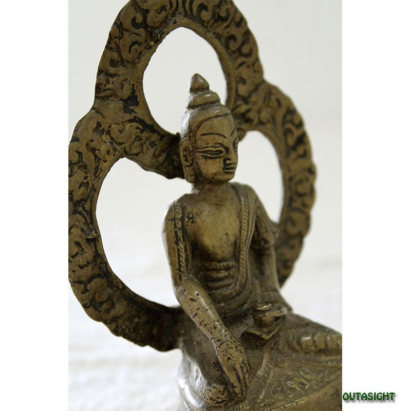 ブッダ 仏陀 真鍮製像 アンティーク ネパール NAS-03