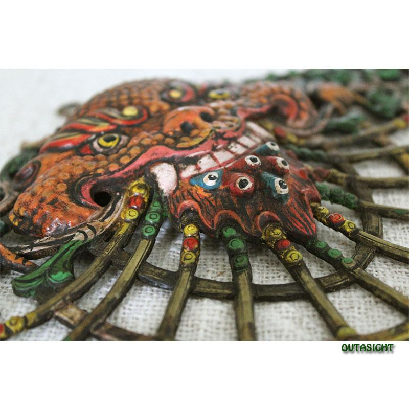 真鍮打ち出し壁掛け チェプ(ガルーダの兄弟) 彩色 アンティーク ブータン NAO-26