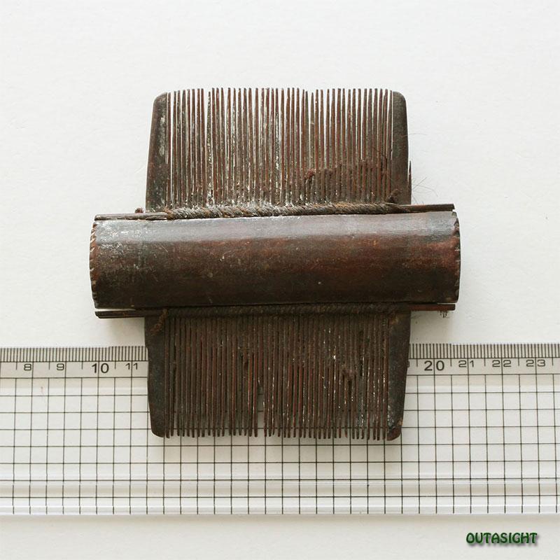 木製櫛(くし)A アンティーク ネパール NAO-46
