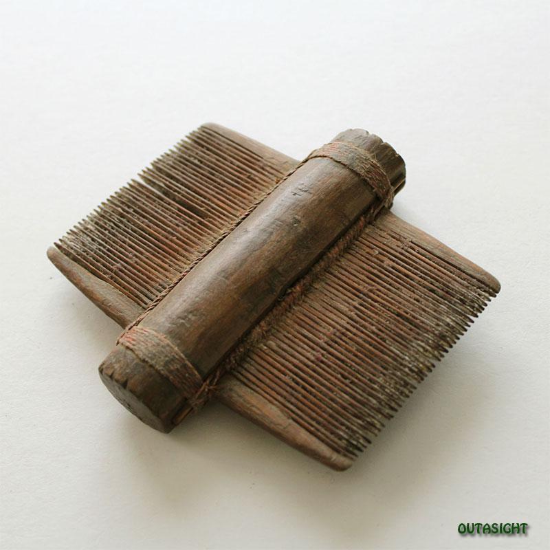 木製櫛(くし)B アンティーク ネパール NAO-47