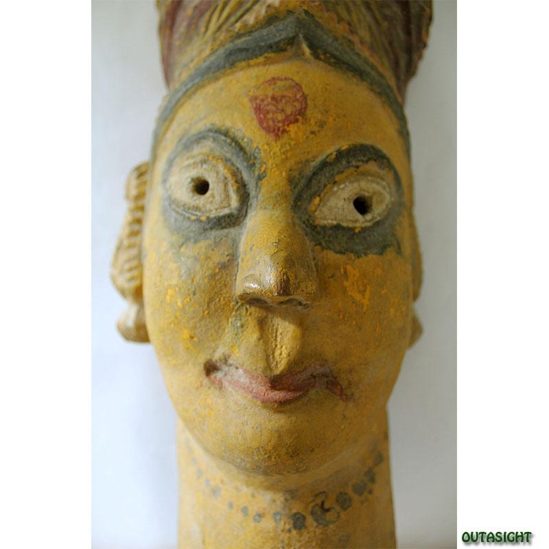 木彫マスク(お面) マハラニ (王妃) アンティーク ネパール NAM-05