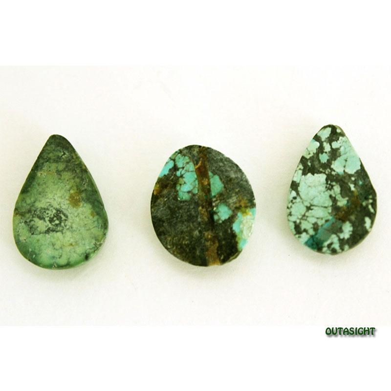 チベタンターコイズ ルース 天然石 3個一組 IST-184