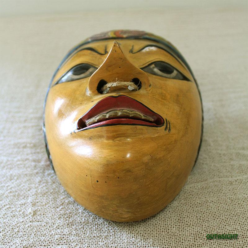 木彫マスク (お面) ジョグジャカルタ ジャワ島 インドネシア INNM-26