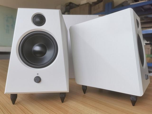 reProducer Audio Epic 5 White (ペア)【数量限定生産モデル】