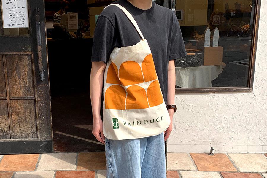 デザイナー笹さんによる エコバッグ