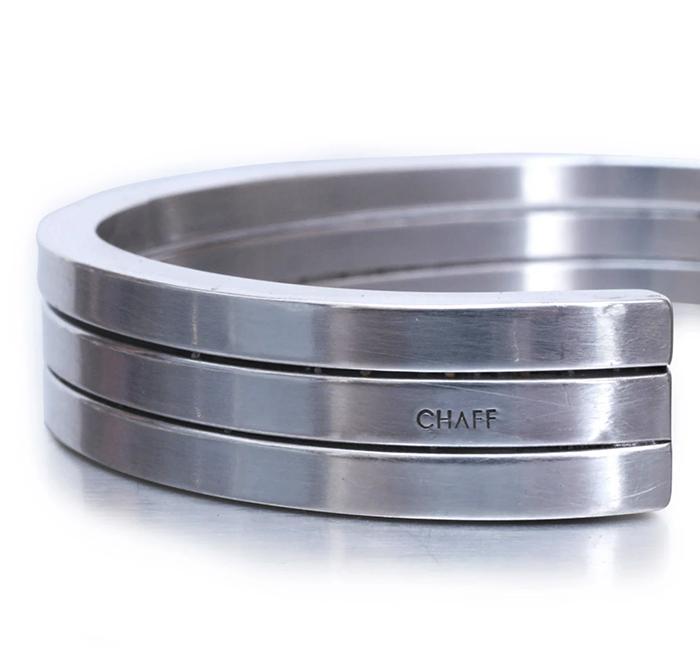 CHAFF DESIGN〔チャフ・デザイン〕3 SQUARE CUFF