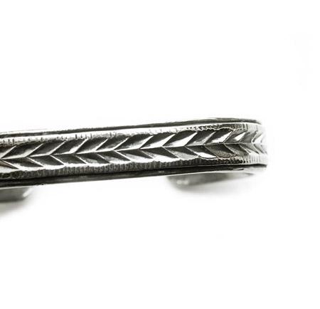 CHAFF DESIGN〔チャフ・デザイン〕Arrow Plate Bangle