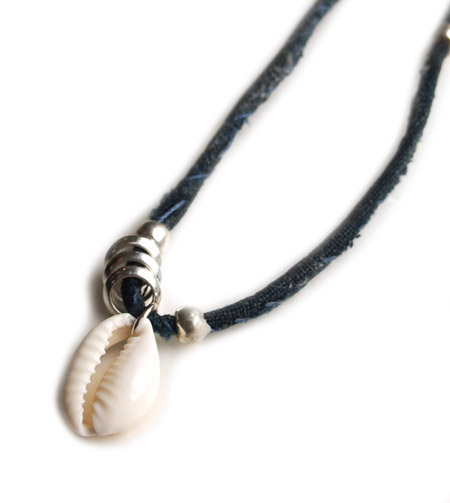 CHAFF DESIGN〔チャフ・デザイン〕Shell Vintage Indigo Fabric Necklace