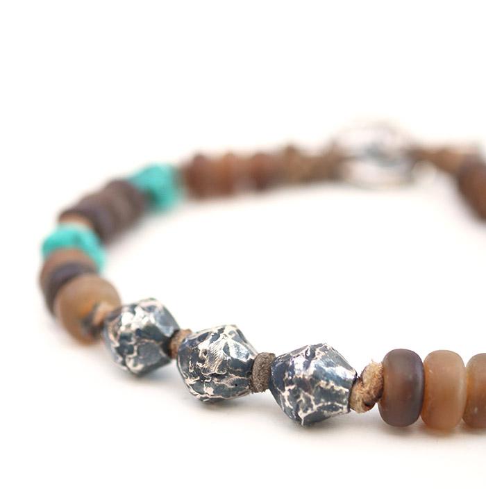 CHAFF DESIGN〔チャフ・デザイン〕Horn Beads Turquoise Bracelet