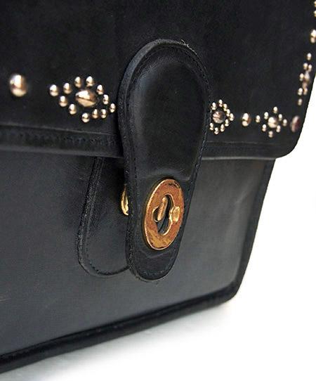 """PANTY Original Design """"OLD COACH"""" Vintage Remake Studs Leather Shoulder Bag / No.1"""
