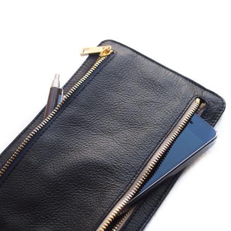CHANDA〔チャンダ〕カウハイド 4ポケット ジップアップマルチケース