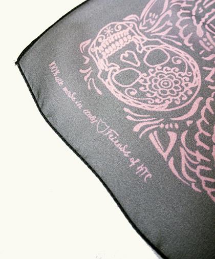 HTC 〔エイチティーシー〕 スカーフ SCARF CACHEMIRE SKULL 70  GREY/PINK